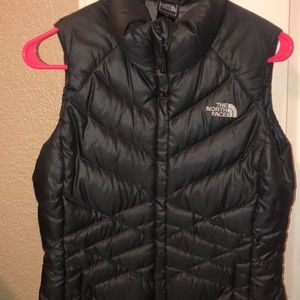 Dark grey north face vest